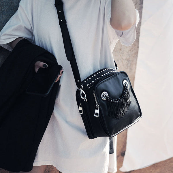 Small Womens Boho Black Leather Fringe Crossbody Bag With Metal Tassel Cross Shoulder Bag For Women Cute