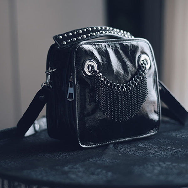 Small Womens Boho Black Leather Fringe Crossbody Bag With Metal Tassel Cross Shoulder Bag For Women Designer