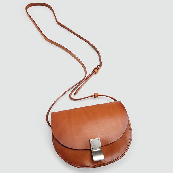Small Womens Brown Leather Crossbody Saddle Bag Purse Side Bag for Women Chic