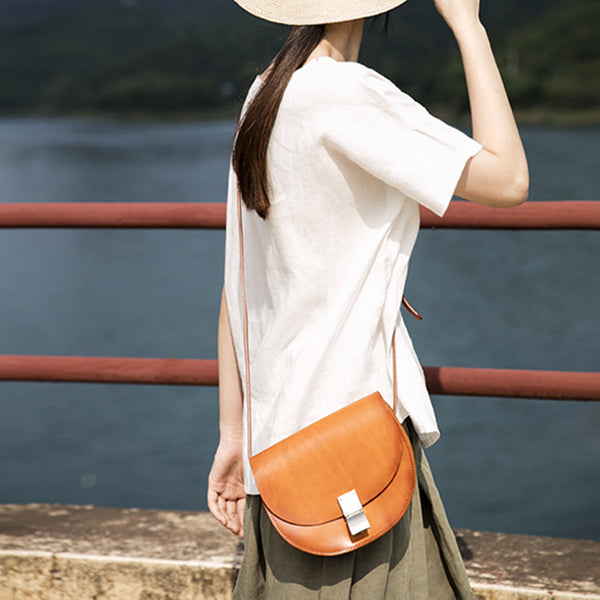 Small Womens Brown Leather Crossbody Saddle Bag Purse Side Bag for Women cool