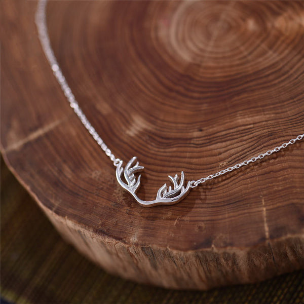 Sterling Silver Cute Deer Pendant Necklace Handmade Jewelry Accessories Women beautiful