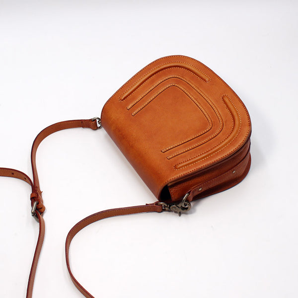 Vintage Handmade Leather Saddle Crossbody Shoulder Bag Round Bag Purses Women brown