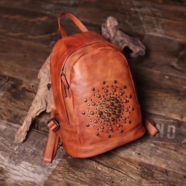 Vintage Rivets Leather Backpack Bag Purse Cool Backpacks for Women Cowhide