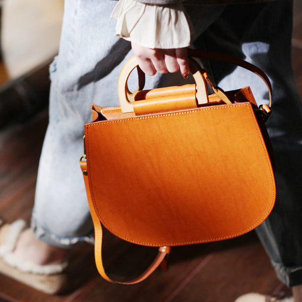 Vintage Women's Small Real Leather Crossbody Handbags Over the Shoulder Purse for Women Fashion