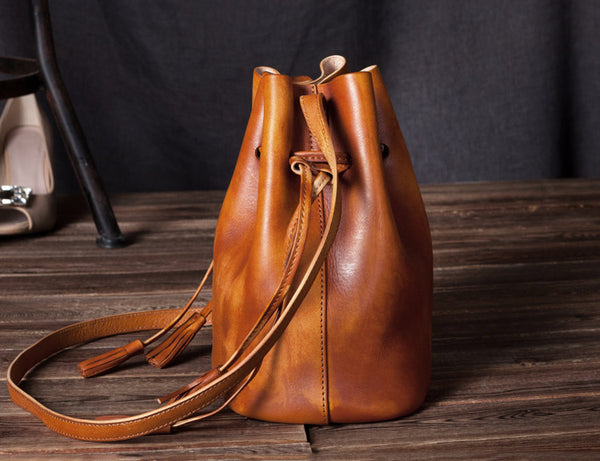 Vintage Womens Brown Leather Bucket Bag Crossbody Bags for Women Minimalist