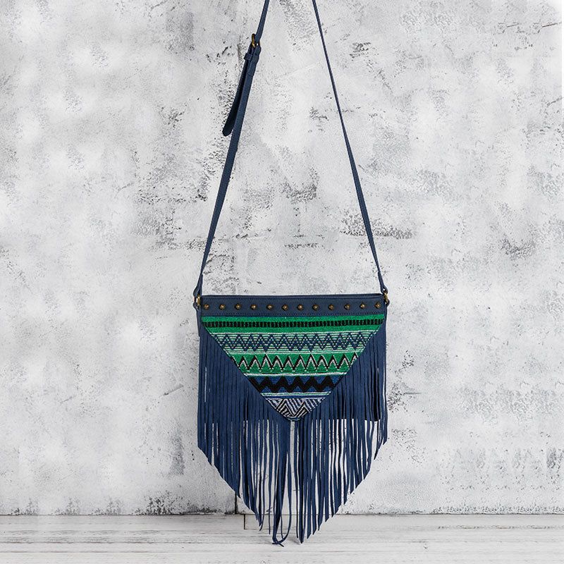 Western Womens PU Leather Fringe Crossbody Purse Boho Sling Bag for Women Accessories