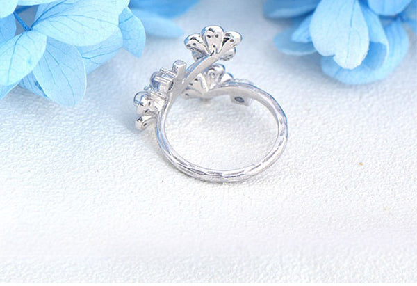 White Gold Plated Silver Blue Moonstone Ring June Birthstone Rings for Women elegant