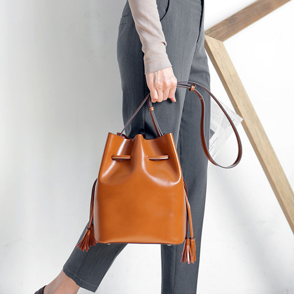 Womens Chic Bucket Bag Leather Crossbody Bags Shoulder Bag for Women designer