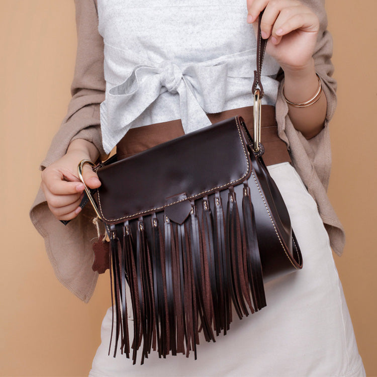 Womens Leather Fringe Crossbody Bag Western Purses Cross Shoulder Bag for Women Affordable