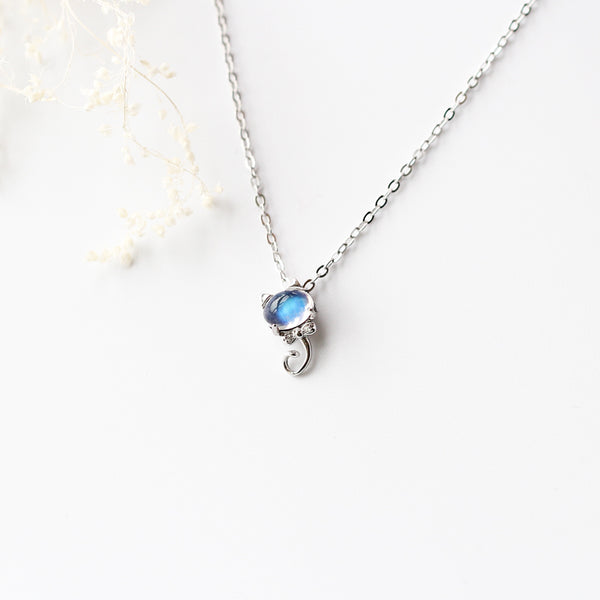 Handmade Cute Moonstone Pendant Necklace Silver Gemstone Jewelry Accessories for Women