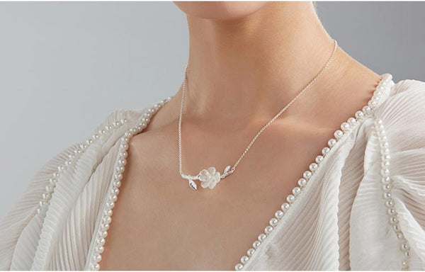 White Quartz Crystal Flower Pendant Necklace in White Gold Plated Silver For Women