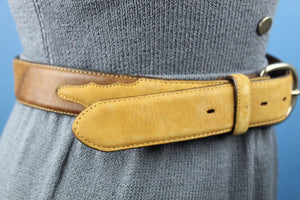 Silver Creek Classics Beige and brown leather belt vintage western style
