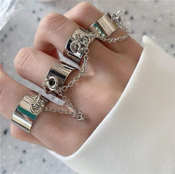edgy set of rings