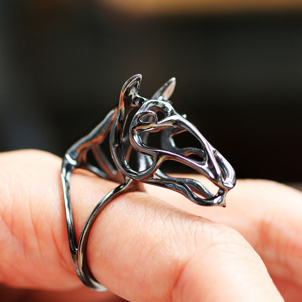 Silver Zodiac Horse Ring, Black Horse Ring, Zodiac Jewelry, fashion jewelry, Zodiac Animals Jewelry, Abstract Horse Ring, wear art, Cacus Jewelry