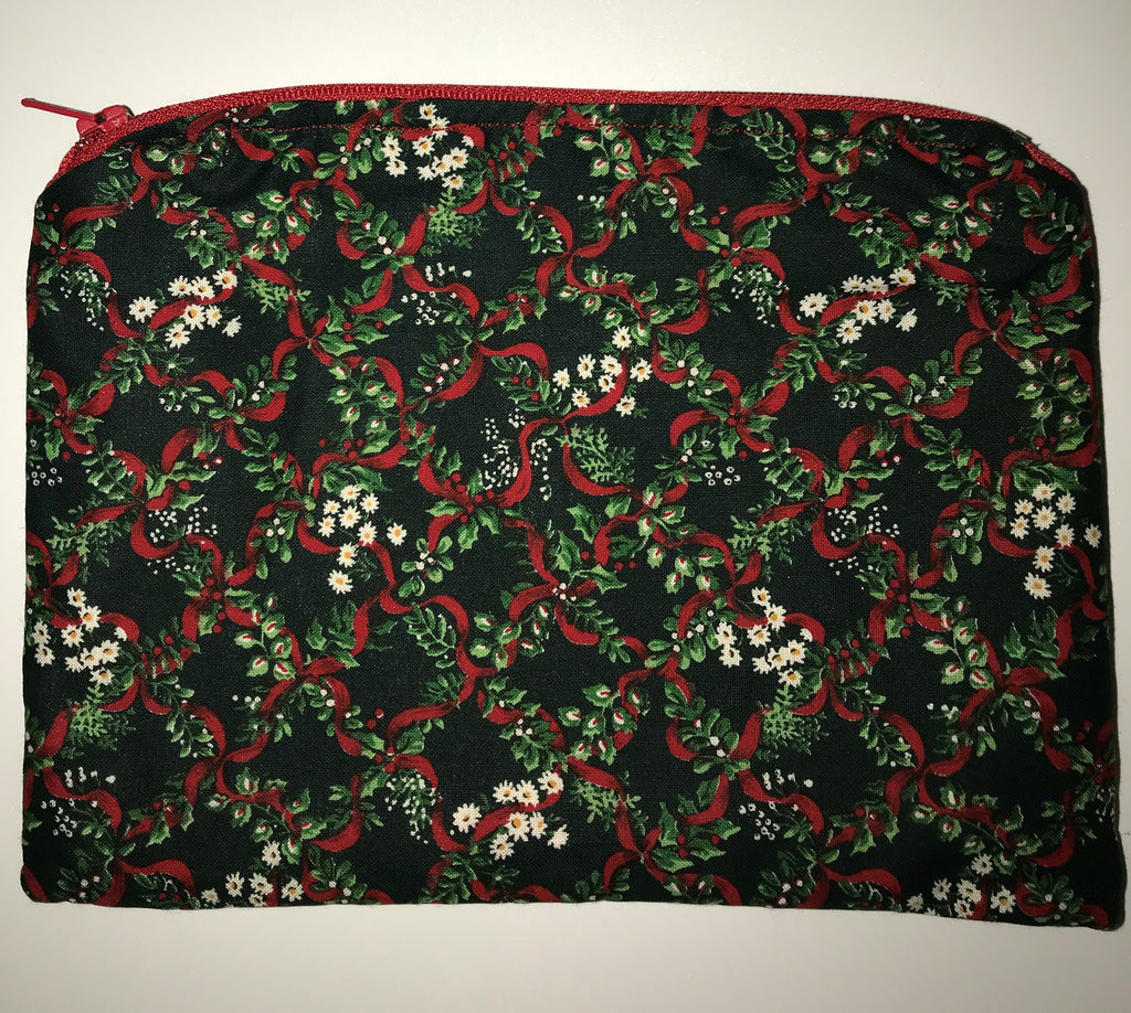 Maggie Bag Christmas Red Ribbon Zipper Pouch