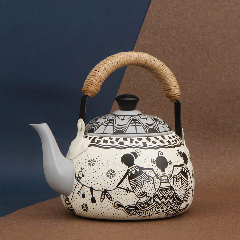 Afro Town Wedge Kettle