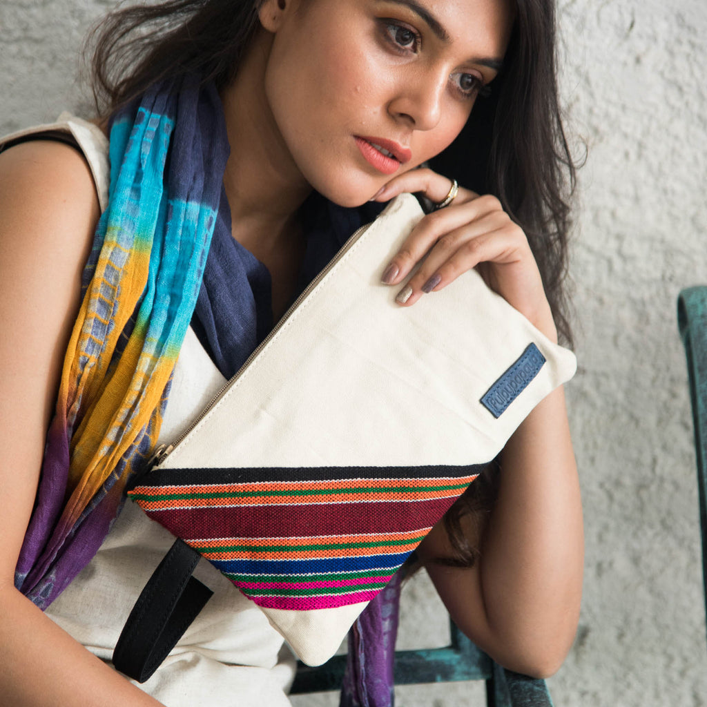 Buy online cotton Canvas classy bhuj ladies clutches wallets cash on delivery in india handcrafted by Crafinno.com