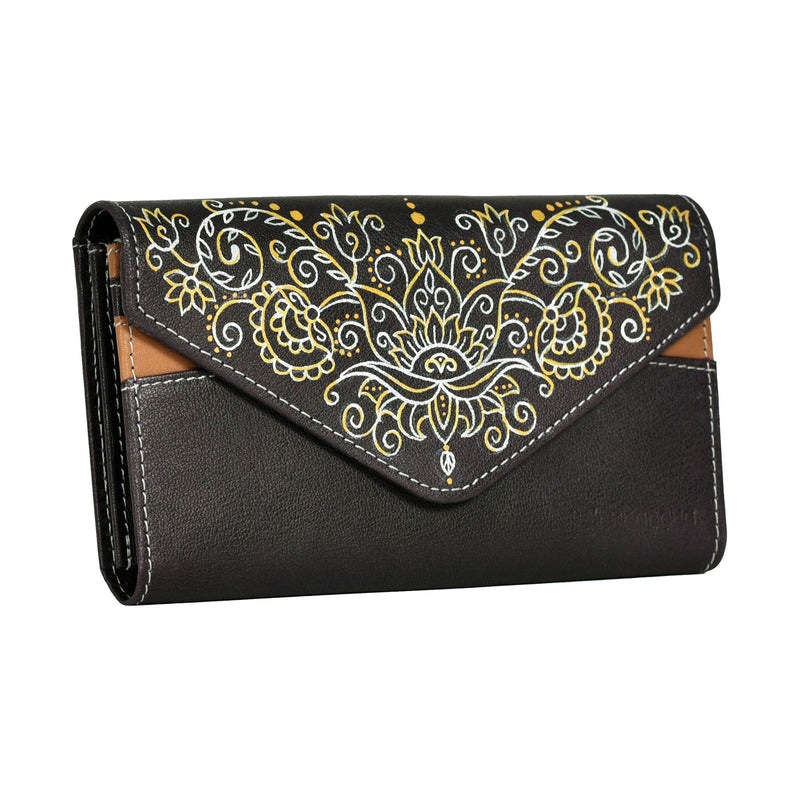 buy designer fancy casual ladies mobile wallets clutches handcrafted and hand painted by crafinno.com