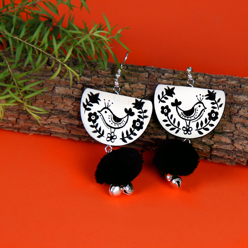 buy-b;ack-and-white-beautiful-indian-fashion-hand-painted-earrings-online-uk