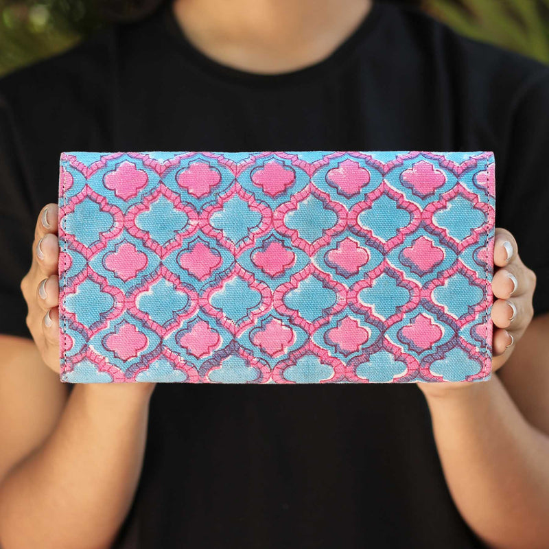buy handmade Eco friendly women clutch wallet in india cash on delivery at crafinno.com