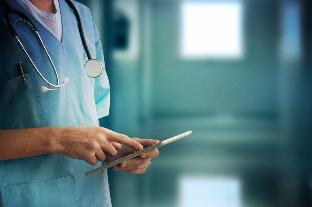 The Benefits of Touchscreen Monitors for Healthcare Providers