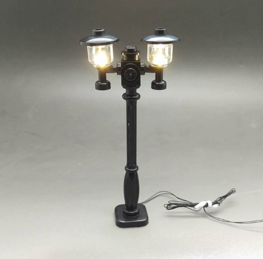 Electric LED Light Up Double Head Street pole for creator building brick - USB