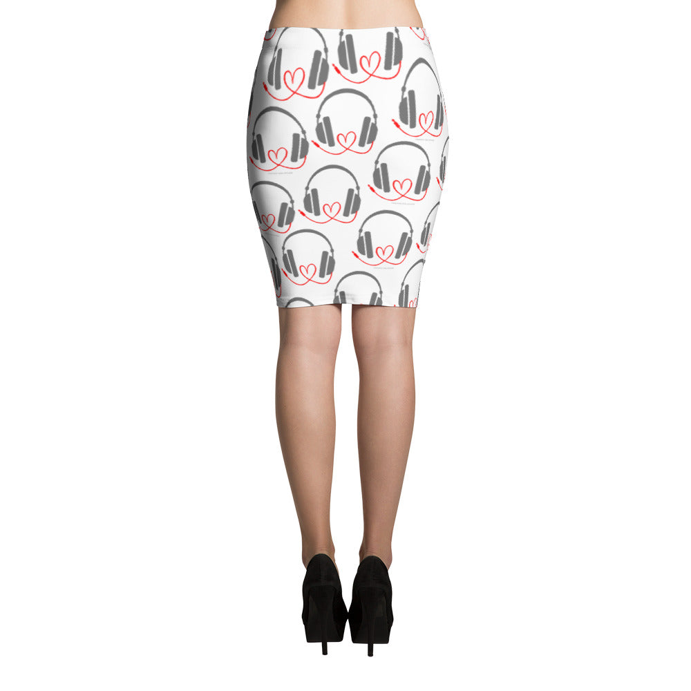 DJ with heart cord Pencil Skirt