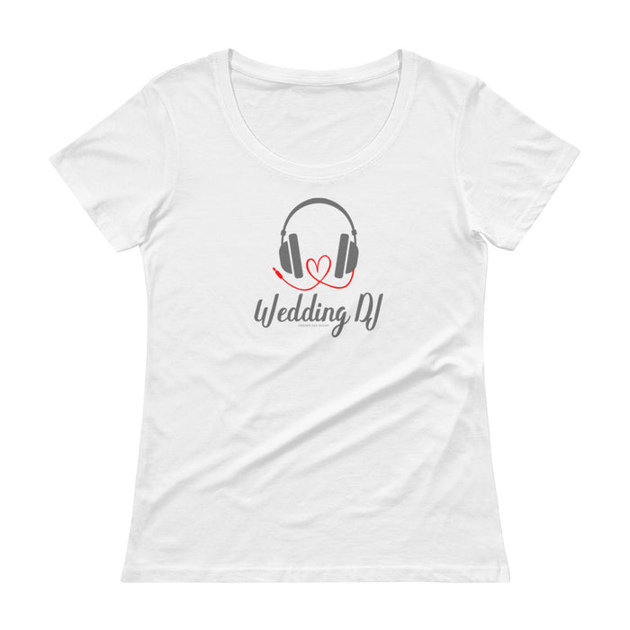 """Wedding DJ"" with heart cord Ladies' Scoopneck T-Shirt"