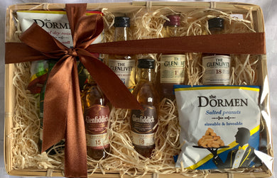 Whiskey taster hamper