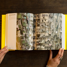Carica l'immagine nel visualizzatore di Gallery, SHAPING CITIES IN AN URBAN AGE - RICKY BURDETT, PHILIPP RODE