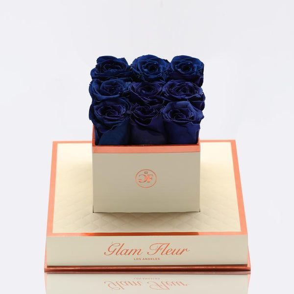 Montage Chic Blue Ocean Luxury Preserved Roses