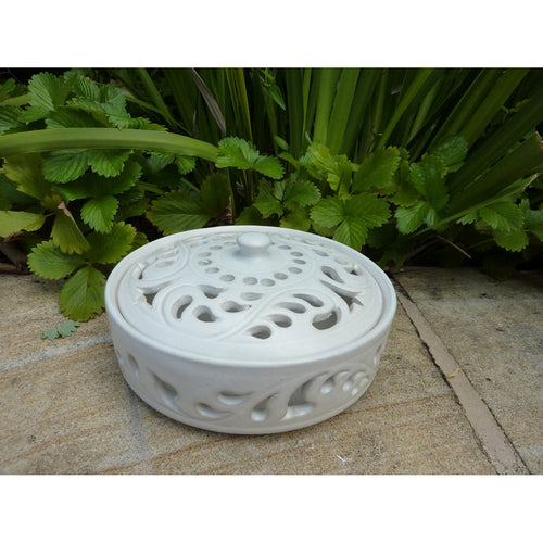 Ceramic mozzie coil holder