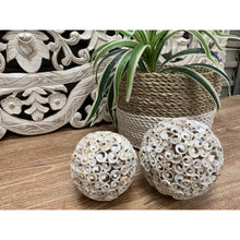 Load image into Gallery viewer, Hand made decorative shell balls.