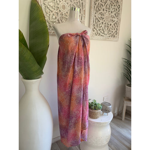 Sarong dress paisley. - Unique Imports brought to you by Pablo & Kerrie Wijaya