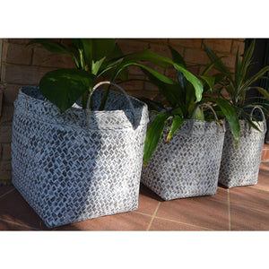 Palm leaf Basket set - Unique Imports brought to you by Pablo & Kerrie Wijaya