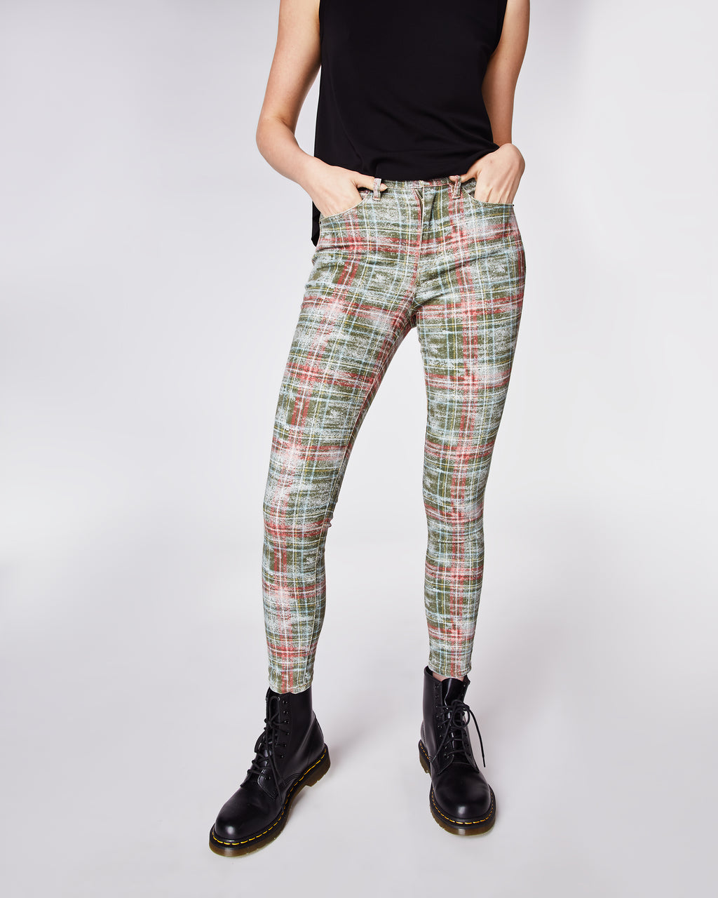 AS10176 - WEATHERED PLAID JEANS - bottoms - denim - In a green and red plaid, these skinny jeans are perfect for the holiday season. Finished with a zipper and clasp for closure. Unlined.