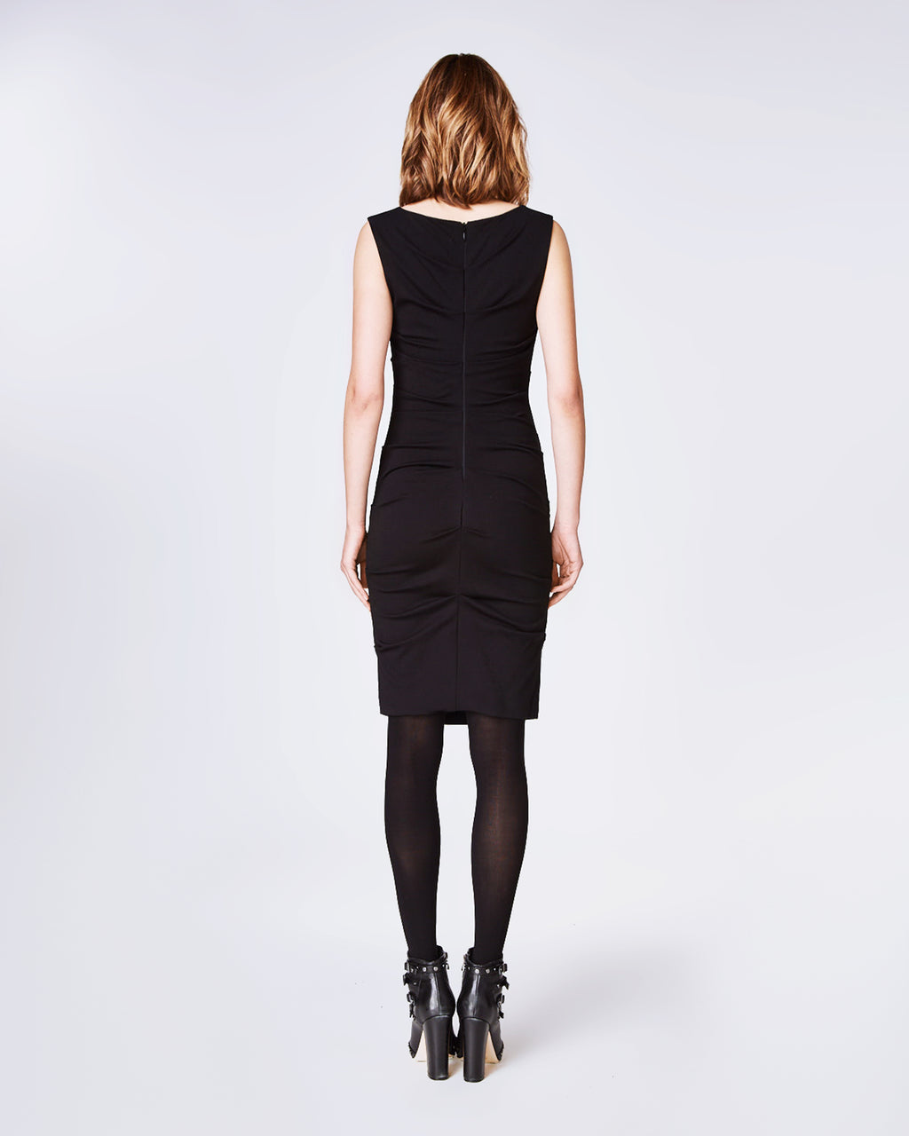 BF0904 - LAUREN PONTE DRESS - dresses - short - Ruched seams detail the body of this boat neck sheath dress. Back zipper closure. Sleeveless.