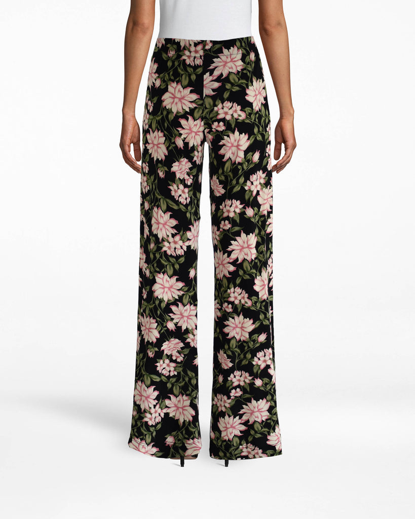 BG10340 - SPRING DREAM WIDELEG PANT - bottoms - pants - YOU PROBABLY HAVE SOME STATEMENT TOPS... SO WHY NOT STATEMENT PANTS? THESE ANKLE SKIMMING WIDELEG PANTS ARE LIGHTWEIGHT AND PERFECT FOR SPRING. PAIR WITH THE SPRING DREAM TURTLENECK TOP FOR A TRULY STANDOUT LOOK. Alternate View