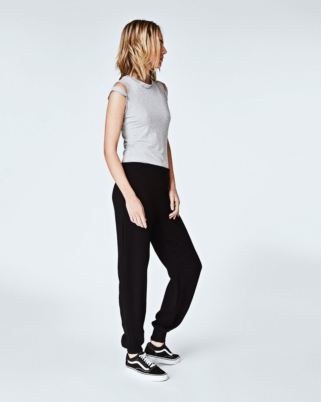 BH10358 - CRINKLE SATIN BACK CREPE JOGGER PANTS - bottoms - pants - In a satin crepe, these wear-everywhere joggers a chic yet casual. With a tapered fit, these bottomsare perfectly paired with a t-shirt and sneakers for a effortlessly cool vibe. Finished with an elastic waistband and unlined.