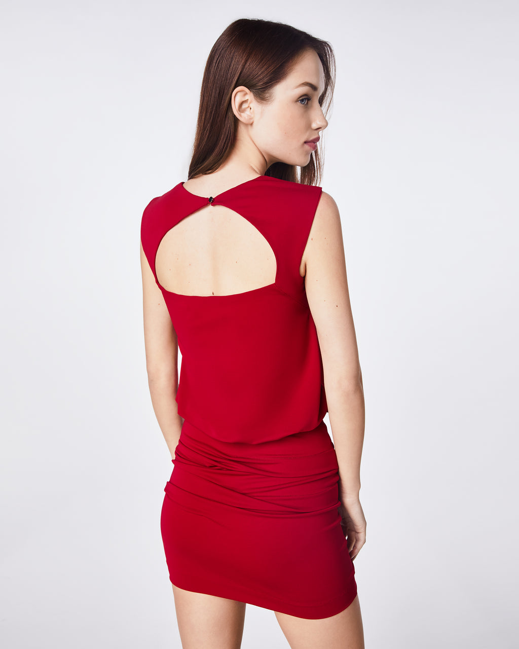 BH10429 - JERSEY SLEEVELESS BLOUSON DRESS - dresses - short - THIS DRESS IS PERFECT FOR ANY OCCASION.