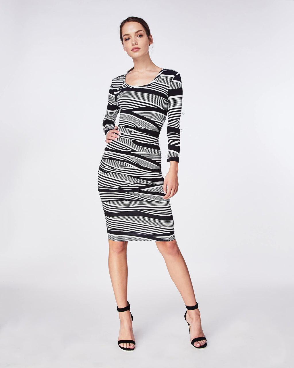 BH10432 - WAVY STRIPE SCOOP NECK TUCK DRESS - dresses - short - This scoop neck dress has 3/4 sleeves and a lot of attitude. The stretchy knit feels super comfortable and elegantly frames your figure, while the front tuck adds to the effect.
