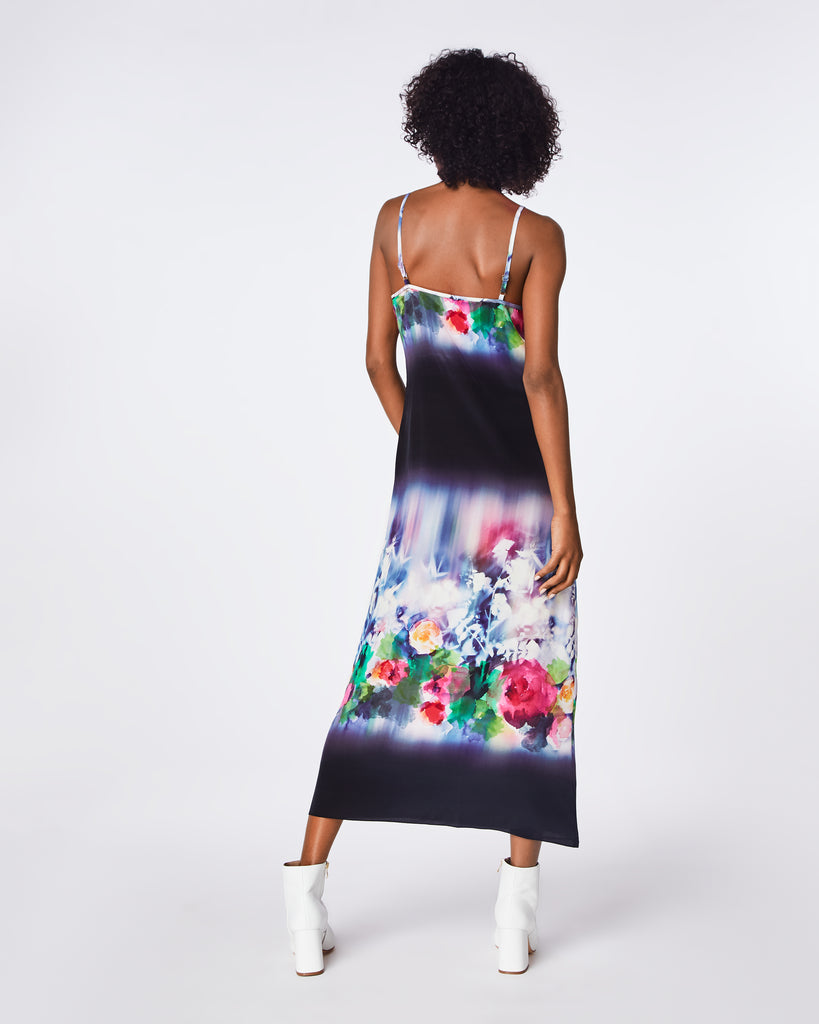 BH10440 - FAINT FLOWERS SLIP DRESS - dresses - long - A flowing, silk blend fabric is printed with blossoms on this slip dress. Cut with slim straps and a V-neckline, its laid-back long silhouette is ideal for warm weather holidays. Alternate View