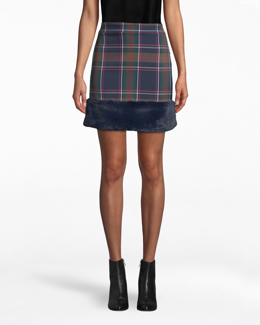 BH10493 - BLUEWAY PLAID MINI SKIRT - bottoms - skirts - See that hem? The faux-fur trim on this mini plaid skirt mixes rebellion into a classic look. It fits comfortably on the hips while still highlighting your figure. Pair back with a solid top. Side zipper for closure.