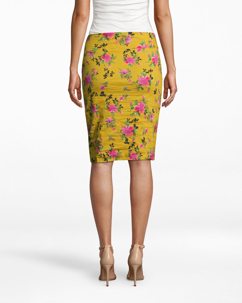 BH10511 - LOTUS LIFE COTTON METAL SKIRT - bottoms - skirts - OUR BOLD LOTUS LIFE PRINT UPGRADES THIS CLASSIC SILHOUETTE. THIS STATEMENT PIECE ALLOWS FOR SEAMLESS TRANSITION FROM DESK TO DRINKS. ZIPPER FOR CLOSURE. Add 1 line break STYLIST TIP: WEAR WITH A WHITE TOP AND PINK HEELS FOR A STANDOUT LOOK. Alternate View