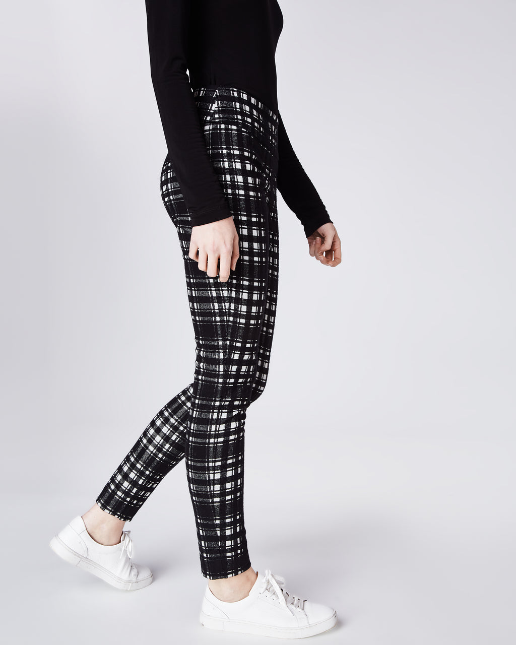 BI10149 - BRUSHED PLAID NINA PANT - bottoms - pants - The must have for Fall. In a brushed black and white plaid, these pants feature a skinny fit and concealed zipper for closure. Perfectly paired with the Brushed Plaid Blazer. Unlined.