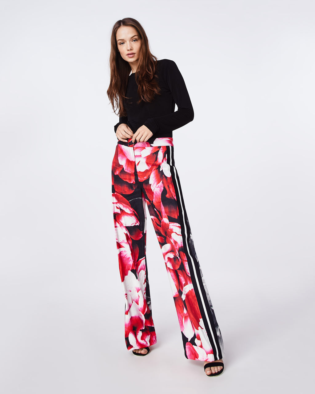 BO10158 - GIANT GARDEN PANT - bottoms - pants - THE BLACK AND WHITE RIBBED STRIPES ON THIS PANT ADD INTEREST TO AN EVERYDAY SILHOUETTE. PAIR WITH HEELS OR SNEAKERS.