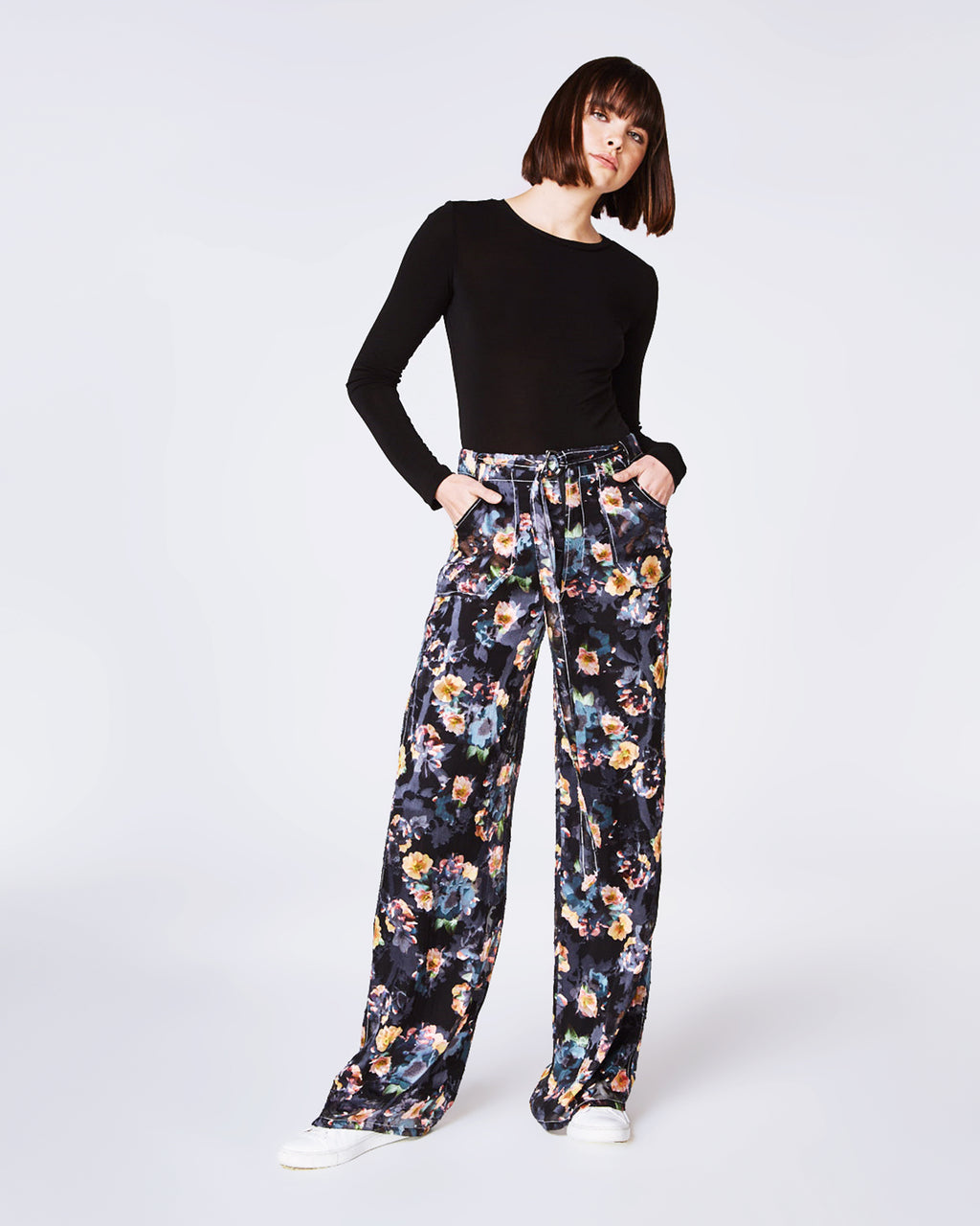 BP10245 - VINTAGE FLORAL BURNOUT PANT - bottoms - pants - YOUR PANTS ARE BLOOMING. THESE PANTS SHOWCASE OUR VINTAGE FLORAL BURNOUT PRINT AND A WIDE LEG. PAIR WITH HEELED BOOTIES AND A SILK TOP. FRONT ZIPPER FOR CLOSURE, FULLY LINED.