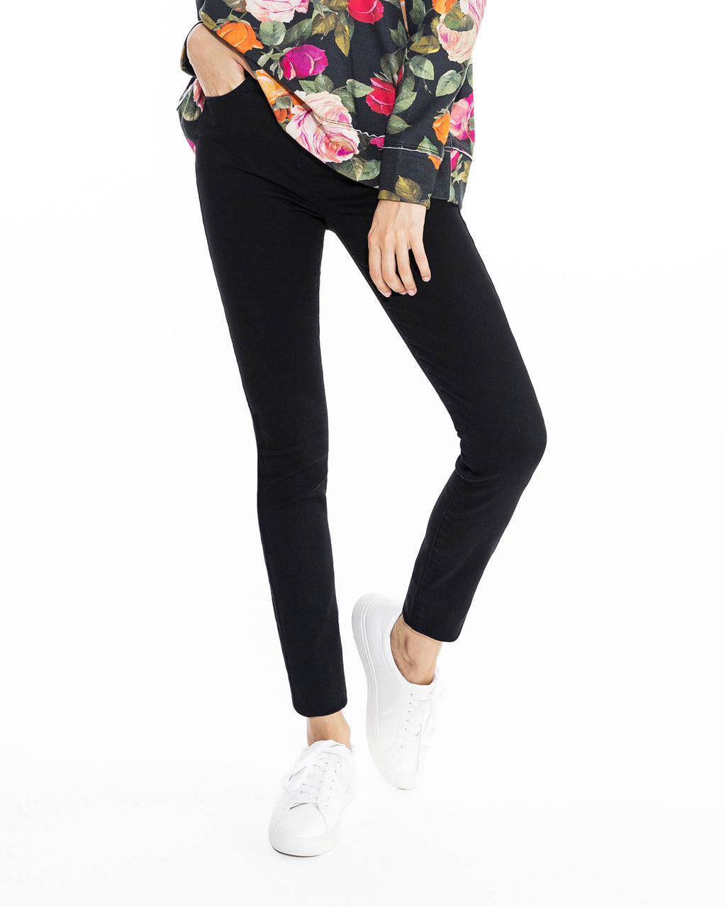CP18513 - BLACK SOHO JEAN - bottoms - pants - Our best selling soho skinny jean is back in dark black denim. This classic skinny silhouette matches perfectly with everything from cashmere sweaters to our best date night tops. Add 1 line break Stylist tip: Pair with one of our silky tops for a perfect night out ensemble.