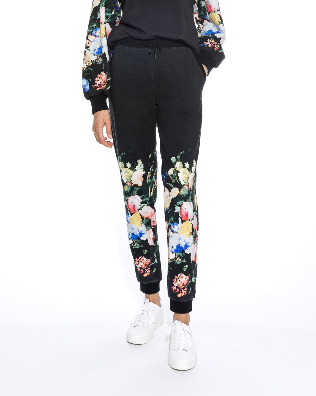 CP18587 - DUTCH STILL LIFE PRINTED JOGGER - bottoms - pants - Not your basic joggers. This classic silhouette is upgraded with our new dutch still life print for a chic and feminine touch. Crafted from 100% cotton, these pants are perfect for cozying up at home. Add 1 line break Stylist tip: Pair with the matching sweatshirt for a complete look.