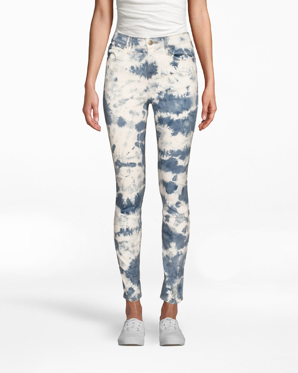CP18726 - TIE DYE SKINNY JEANS - bottoms - denim - These statement jeans are designed in our best selling soho skinny silhouette and are hand dyed withbright blue dye. Add 1 line break Stylist Tip: Pair wi th the matching denim jacket for a laidback yet standout set.